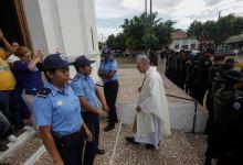 En peligro de muerte: un sacerdote y las relaciones de la Iglesia y el gobierno en Nicaragua 5