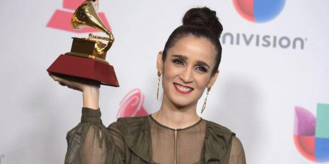 """""""La enamorada"""": Julieta Venegas estrena nuevo álbum 1"""