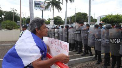 Nicaragua: Asedio a iglesia de Managua en medio de represión a opositores 5