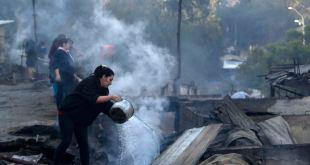 200 casas destruidas por incendio forestal en Chile 9