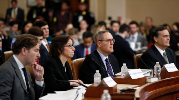 ¿Abrumador o mediocre? Juristas discrepan sobre caso contra Trump 1