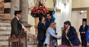 Bolivia elimina visas de ingreso para estadounidenses e israelíes