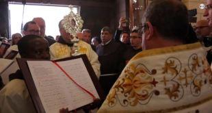 El Vaticano donó un trozo de madera del pesebre donde nació Jesús a la ciudad de Belén 17