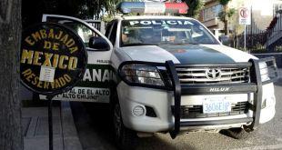 Incrementa el acoso a embajada de México en Bolivia 7