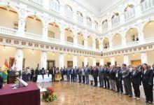 Photo of Bolivia: Presidenta interina ajusta su gabinete y reafirma candidatura
