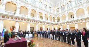 Bolivia: Presidenta interina ajusta su gabinete y reafirma candidatura 19