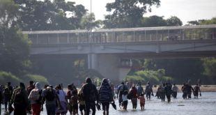 EE.UU. lanza fuerte advertencia a caravana de migrantes centroamericanos 5