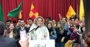 Jeanine Áñez hace oficial su candidatura a la presidencia de Bolivia 1