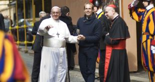 Papa nombra a cura uruguayo como uno de sus secretarios personales 3