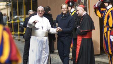 Papa nombra a cura uruguayo como uno de sus secretarios personales 5