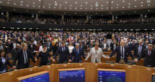 Parlamento europeo da aprobación final al Brexit 7
