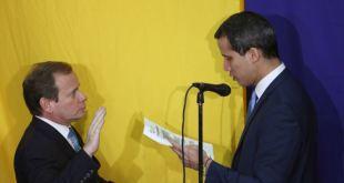 """Pompeo felicita a Guaidó por su reelección y condena """"esfuerzos fallidos"""" de Maduro 13"""