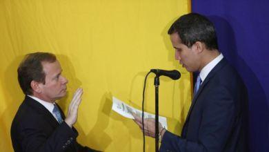 """Pompeo felicita a Guaidó por su reelección y condena """"esfuerzos fallidos"""" de Maduro 7"""