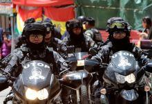 Photo of Tensión en Bolivia por despliegue militar en las calles