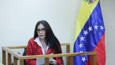"""Photo of Colombia exige a Maduro parar el """"show mediático"""" y entregar a excongresista prófuga"""