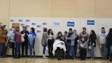 Photo of El primer caucus en español rompe la barrera del idioma para los latinos en Iowa
