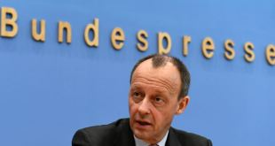 Los aspirantes a suceder a Merkel lanzan su campaña en Alemania 3