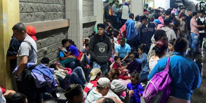 México asume que caravanas de migrantes no son movimientos espontáneos 3