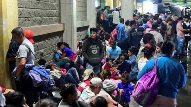 México asume que caravanas de migrantes no son movimientos espontáneos 1