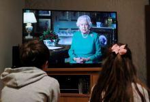 """Photo of Reina Elizabeth II invoca el espíritu de los británicos: """"Podemos derrotar el coronavirus"""""""
