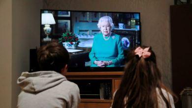 """Reina Elizabeth II invoca el espíritu de los británicos: """"Podemos derrotar el coronavirus"""" 5"""