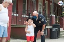 Fernando Badillo, 56 años. Ha sido oficial del departamento de la Policía del condado de Camden, Nueva Jersey por 21 años.