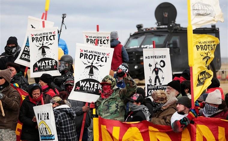 Juez federal ordena detener operaciones del oleoducto Dakota Access 1