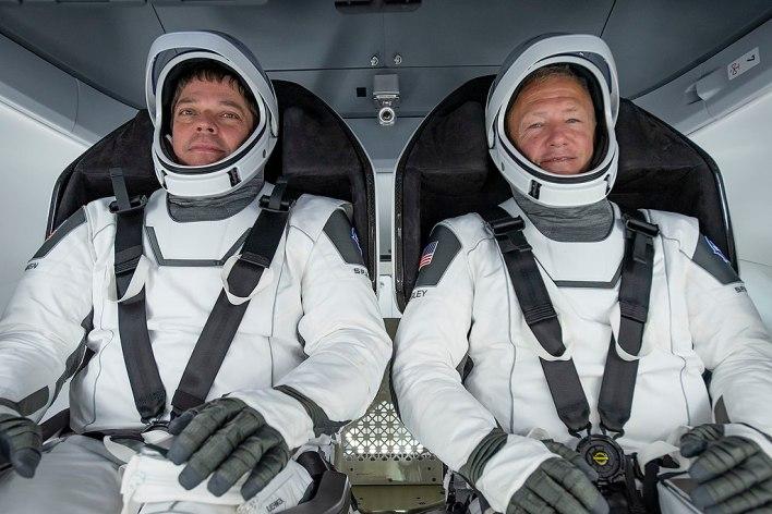 Misión espacial Demo-2 regresó a la Tierra marcando nueva era espacial para Estados Unidos 2