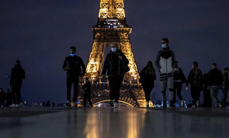 Gobierno de Francia impone toque de queda nocturno a más de 46 millones de personas 1