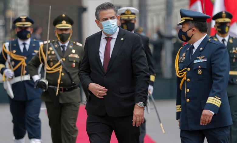 Crisis en Perú: Presidente interino renuncia en medio de masivas protestas 1