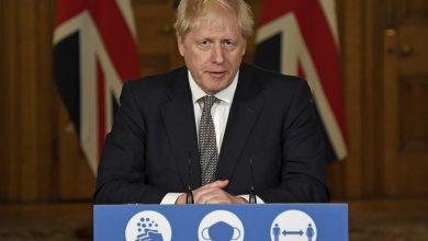 Boris Johnson decreta confinamiento total en Inglaterra ante avance de nueva cepa 3