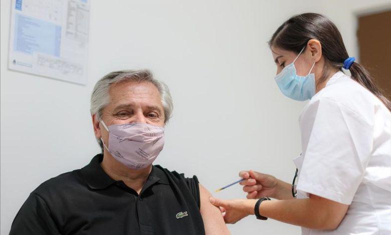 Presidente de Argentina dio positivo por coronavirus a un mes de haberse vacunado 1