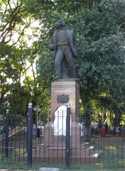 pag.4_almafuerte monumento