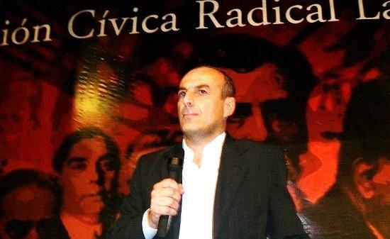 pag.4_Enzo Gioia