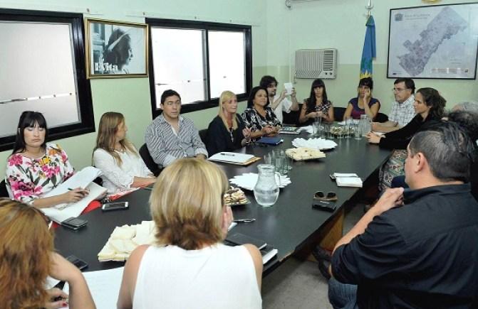 Pag.6_reunion en Desarrollo Social