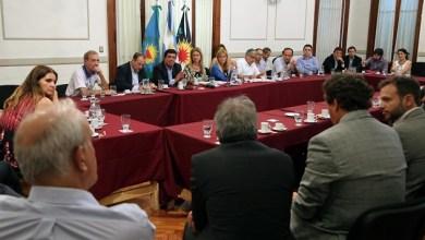 Photo of Verónica Magario se reunió con las 35 empresas más grandes del distrito para cuidar la producción y el empleo