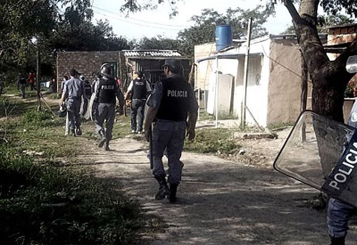 POLICIAL ALLANAMIENTOS
