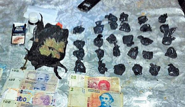 POLICIAL DROGAS