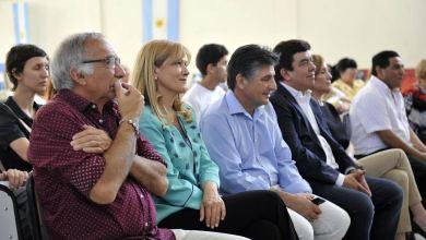 Photo of Rafael Castillo: Charla de la intendenta sobre el programa Hacia mi Primer Trabajo