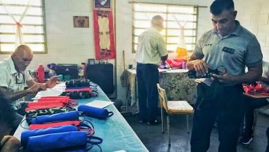 Photo of Internos de Sierra Chica confeccionan donaciones