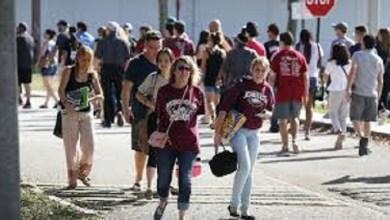 Photo of Vuelven a clase los estudiantes después del tiroteo en Florida