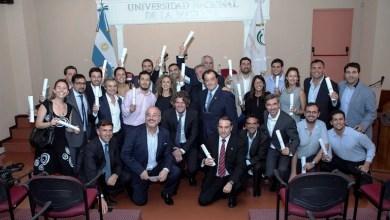 Photo of Alumnos egresados recibieron sus diplomas