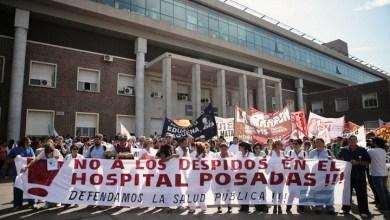 Photo of Continúan en pié de lucha los trabajadores del Hospital Posadas
