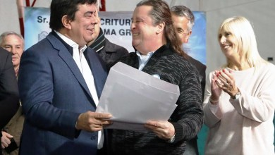 Photo of Vecinos de La Matanza recibieron escrituras