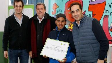 Photo of Entrega de diplomas en Morón