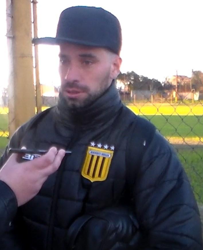 """Luis Arias: """"Estoy contento y feliz por jugar"""""""
