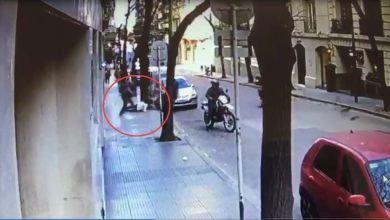 Photo of Dos motochorros asaltaron a una pareja a punta de pistola en Villa Devoto
