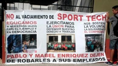 Photo of Trabajadores de la fábrica Sporttech pelean contra la desocupación
