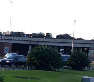 Gendarmería y despidos en el Hospital Posadas