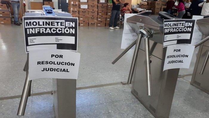 IOMA La Plata: por orden judicial Vidal debe frenar la instalación de molinetes de control